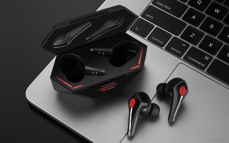 tai nghe gaming nhét tai